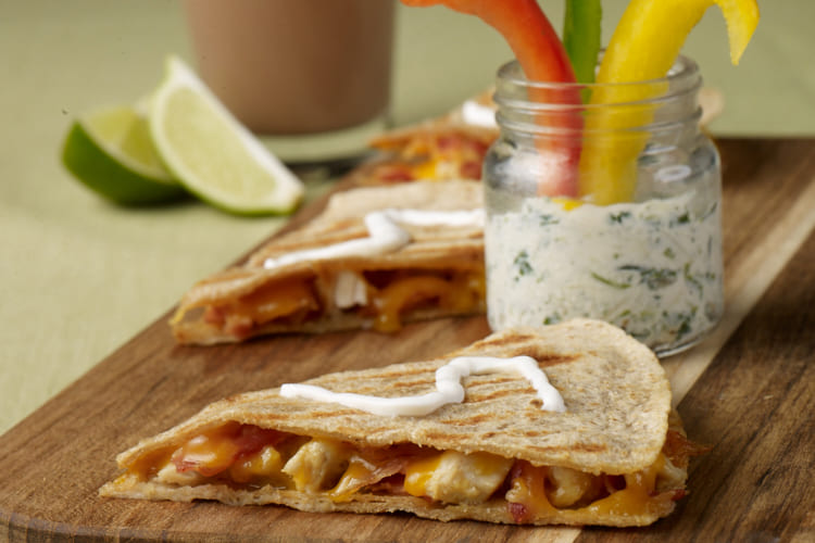 Cheesy Chicken & Bacon Quesadilla with Yogurt Veggie Dip Featured Image